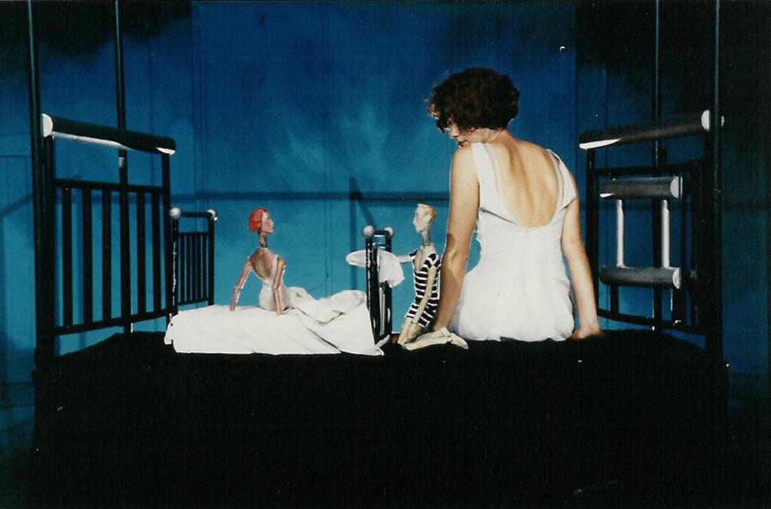 Σκηνή από την παράσταση Λιμνοθάλασσα